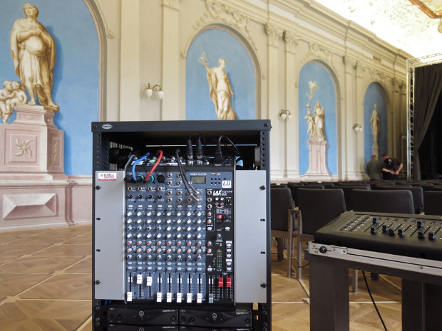 Some of the products used were LD Systems Stinger 10G2 loudspeakers, LD Systems Maui 28 and LAX 12 D USB mixers for the PA.