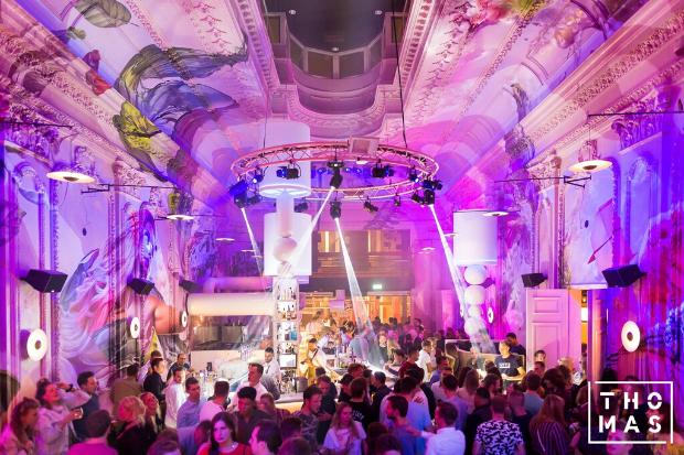 Gastronomisches Kunstwerk – Cameo illuminiert das Restaurant und Grand Café Thomas in Eindhoven
