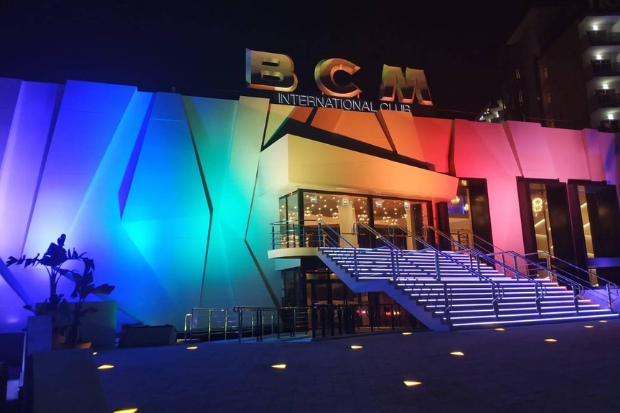 From every angle – Cameo ZENIT® W600 illuminates BCM night club on Mallorca